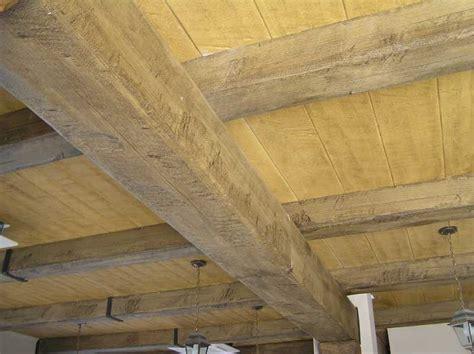 controsoffitti in legno travi finto legno in polistirolo e poliuretano prezzi