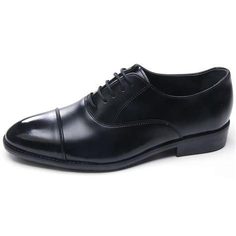 mens tip dress shoes