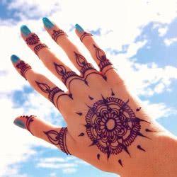 henna tattoos auf der hand vorlagen kategorie henna vorlagen bilder