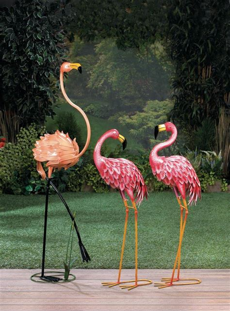 standing flamingo flower bed decor garden lovers club