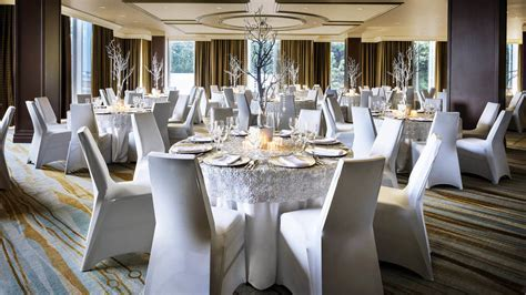 Wedding Venues Toronto   The Westin Harbour Castle, Toronto