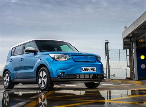 kia electric car uk the kia soul ev go electric drive co uk