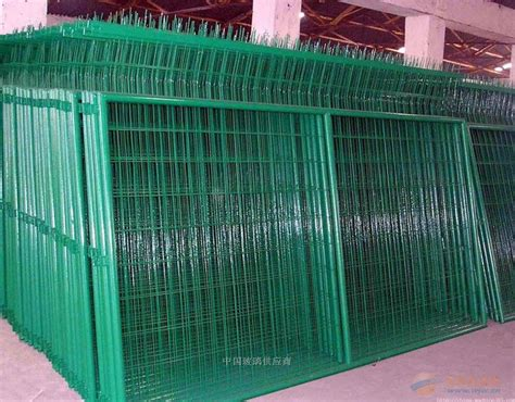 Best Price Garden Trellis Welded Mesh Fence Panel Green Welded Metal Mesh Fencing