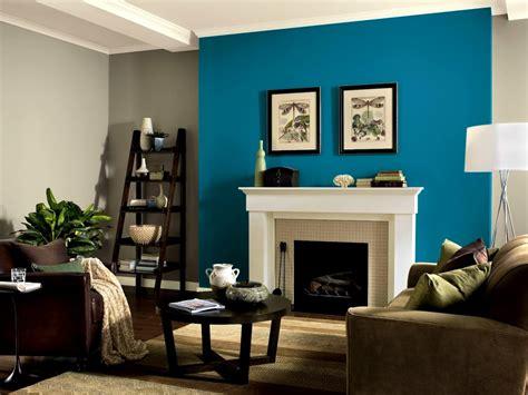 colors    brown walls top living room ideas