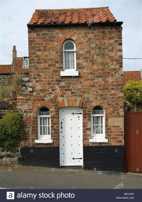 brick tiny house a tiny detached brick house in wells next the sea north