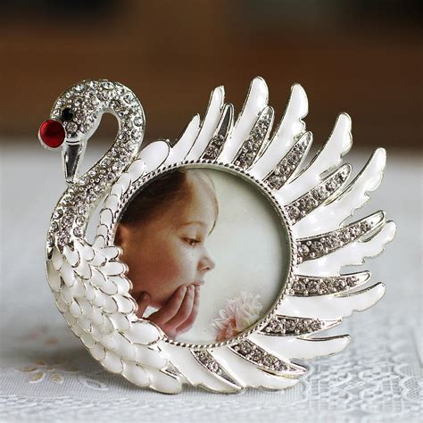 hot selling newest swan studded metal photo frame tack