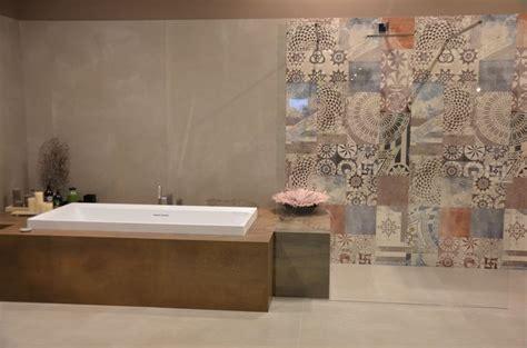 badezimmer deko retro die besten 25 retro badezimmer ideen auf