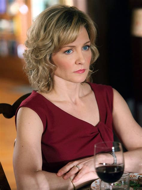 linda from blue bloods haircut blue bloods linda reagan amy carlson blue bloods