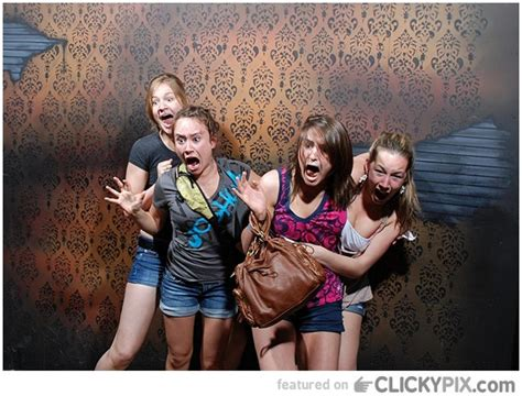 haunted house funny pictures a haunted house funny quotes quotesgram
