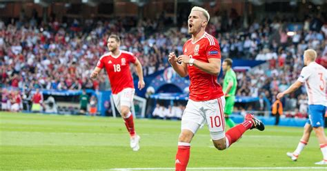 wales and arsenal fc star aaron ramsey explains exactly arsenal fc star aaron ramsey becomes wales worry for world