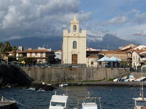capitaneria porto catania acireale sopralluogo di sindaco e capitaneria al porto di