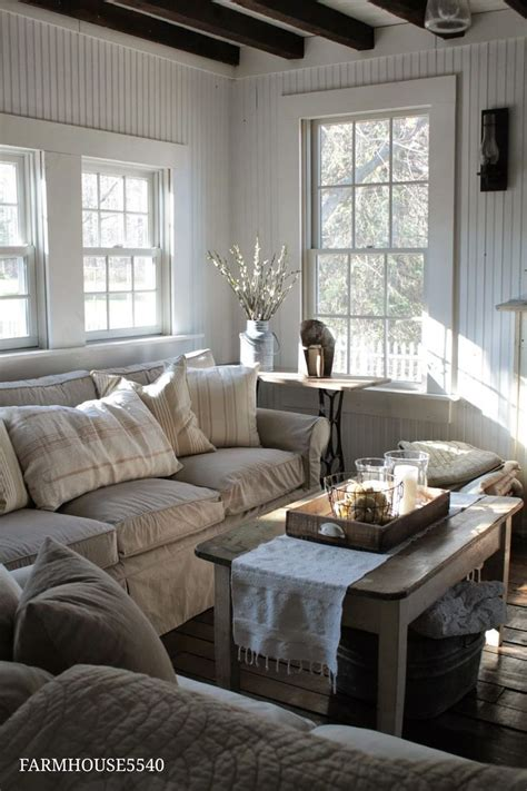 christmas decorating idea winter living room linens neutral colors home decor farmhouse living room furniture farmhouse