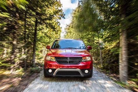 2018 dodge crossover 2018 dodge journey overview the news wheel