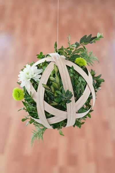 Unusual Flower Arrangements, Hanging Pendants with Flowers