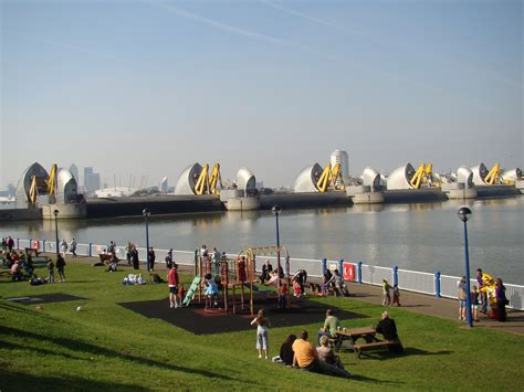 thames barrier in the future new thames barrier proposed for dartford article new