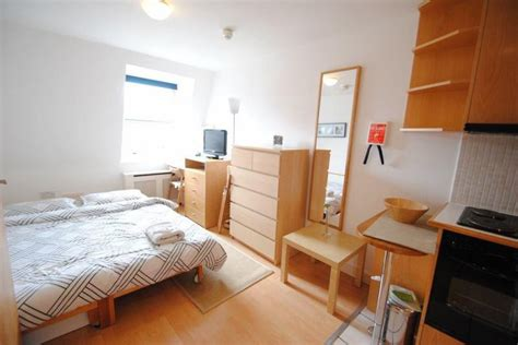 rooms to rent in spacious rooms to rent in a sought after clifton location room for rent bristol