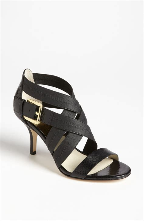 sandals vs flip flops tisdale flip flops vs bilson sandals