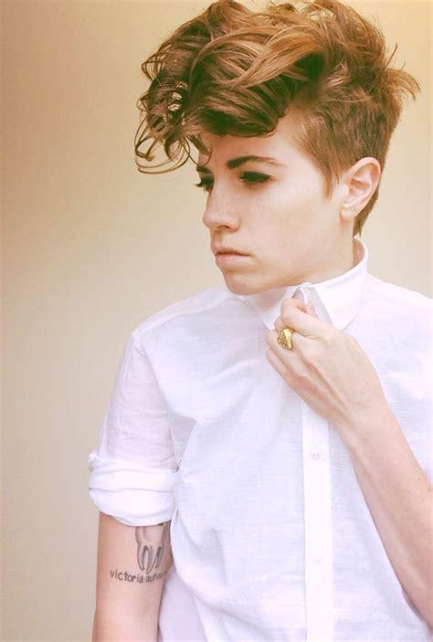 hairstyles queer 17 beste afbeeldingen over hair androgynous lesbian dyke