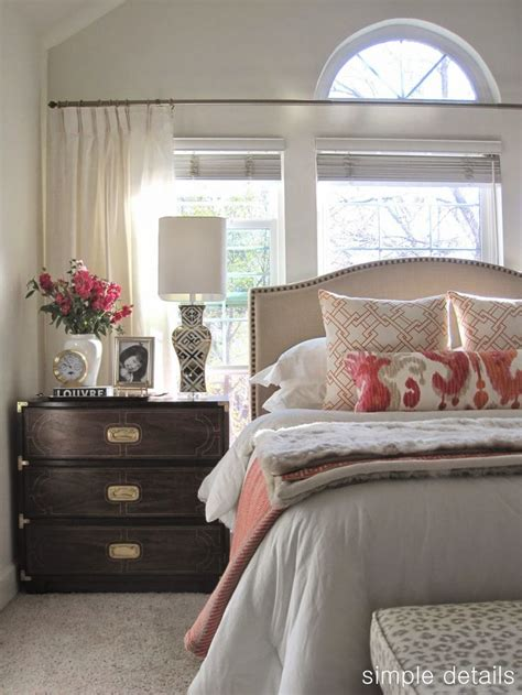 neutral bedroom curtains 25 best ideas about neutral bedrooms with pop of color on