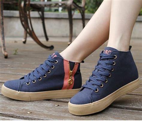 Sepatu Sneakers Wedges Tuentu Hitam image gallery sepatu wanita