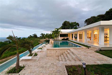 Maison Moderne Carré by Beautiful Villa Plain Pied De Luxe Contemporary Awesome