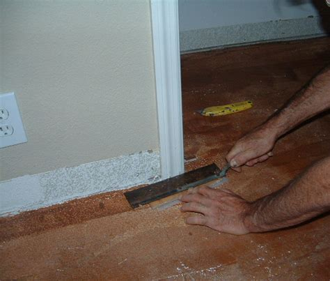 How To Cut Laminate Flooring Around Doors by Laminate Flooring Cut Door Jamb Laminate Flooring