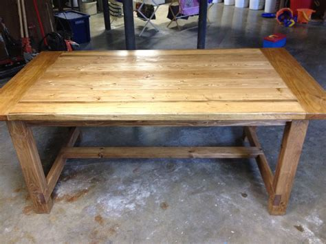 rustic farmhouse table plans free plans for a rustic farmhouse table a lesson