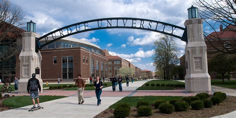 Purdue West Lafayette Mba Career Services by Purdue Indiana S Land Grant