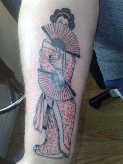 tattoo geisha na costela geisha tattoos