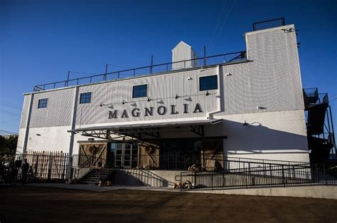 the magnolia store hgtv s fixer upper couple fixes up an old grain depot in