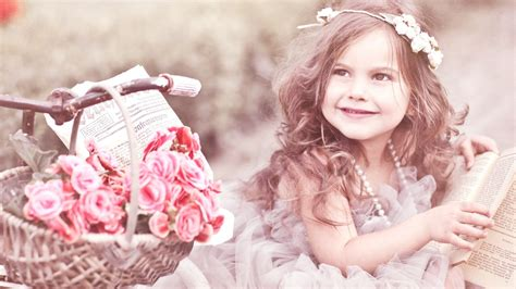 beautiful baby photos with flowers beautiful baby with flowers photo new hd wallpapers