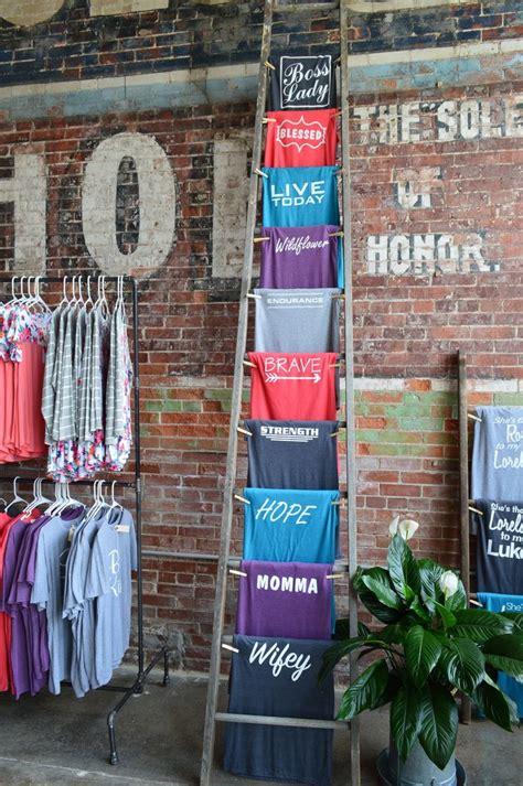 best t shirt shop best 25 t shirt displays ideas on store