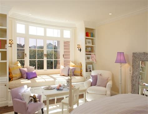 ventanas para habitaciones interiores dormitorios decorados con asientos bajo la ventana para
