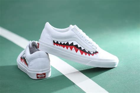 vans x bape 17ss white shark mouths tooth skool skate