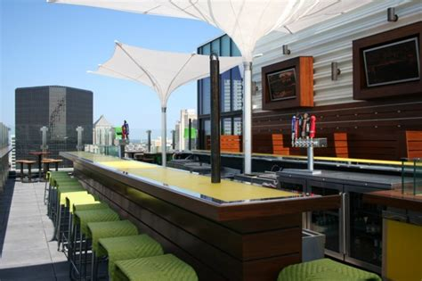 top bars in st louis advanced look tour hilton s new rooftop bar restaurant