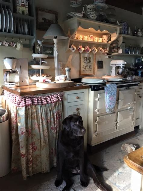 25 best ideas about cottage kitchens on