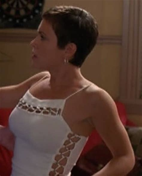 Phoebe Halliwell Hairstyles by Phoebe Halliwell The Hair Charmed
