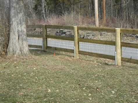Backyard Fence For Dogs by Triyae Backyard Fence Ideas For Dogs Various