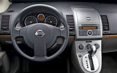 nissan sentra interior 2007 2007 nissan sentra look road test review motor