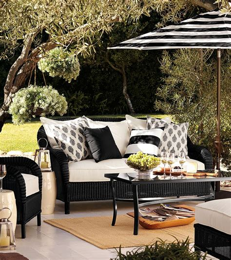 21 black and white outdoor space inspirations godfather