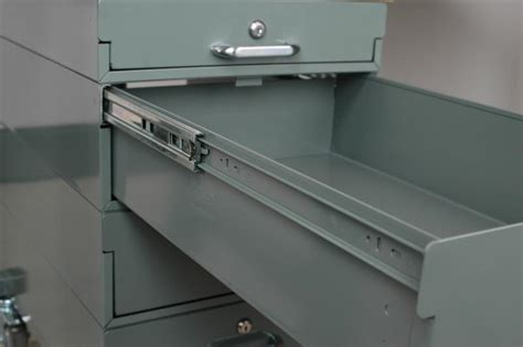 under workbench steel drawers stackbin workbenches 23 quot long steel drawers