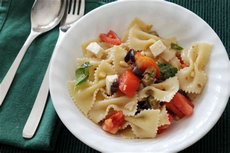 delicious pasta salad recipe food friday really delicious pasta salad loulou downtown