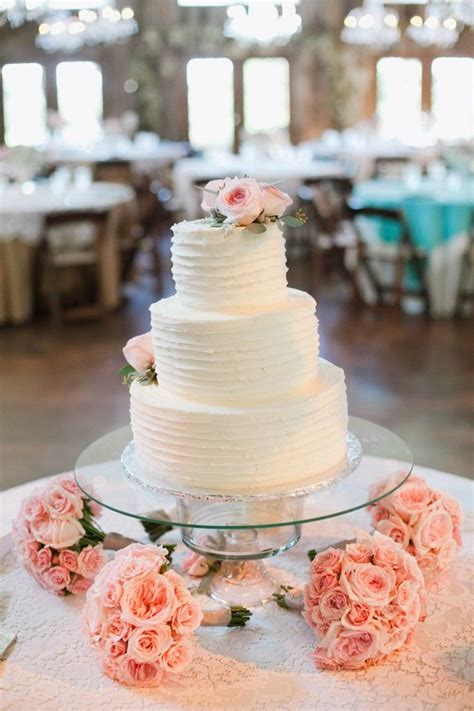 Simple Cake And Punch Wedding Reception by 25 Best Ideas About Wedding Cake Display On