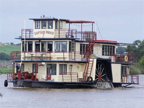 paddle boats on the canal paddle steamer on river murray near murray bridge life