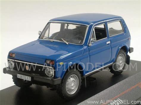 Lada Model Ist Models Lada Niva Vaz 2121 1981 Blue 1 43 Scale Model