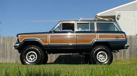 jeep grand wagoneer 1990 jeep grand wagoneer information and photos