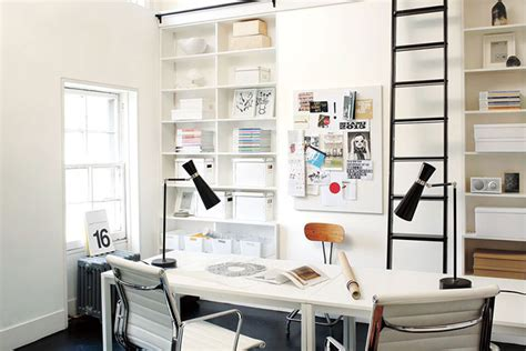 benjamin moore color of the year simply white studio benjamin moore names simply white its 2016 color of the year