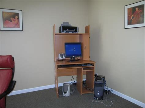 Ikea Computer Desk With Hutch Ikea Computer Desk And Hutch Saanich
