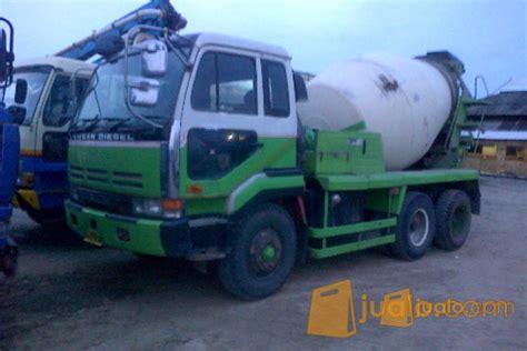 Truck Mixer Bekas rental truk mixer concrete mixer truck indonesia semarang jualo