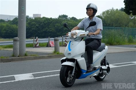 Tesla Scooter Can This Japanese Company Become The Tesla Of Scooters
